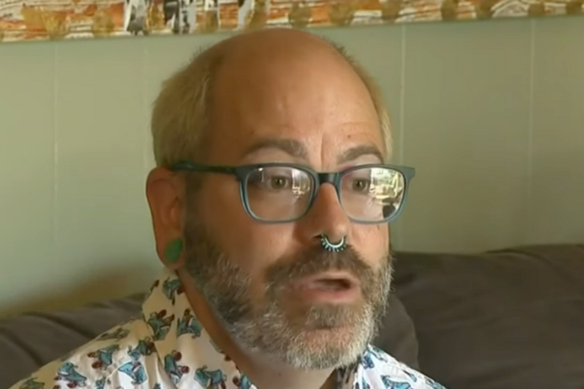 Community Jumps To Defend Teacher Who Was Slammed By Bigot For Wearing Makeup