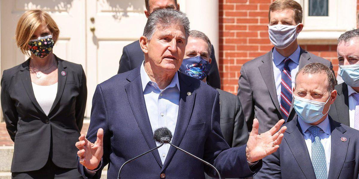 Why Democrats Should Take Manchin's Voting Rights Deal
