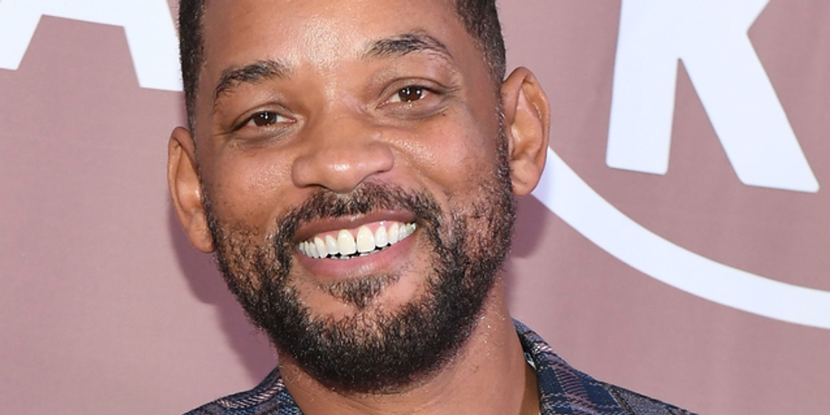 Will Smith Shows Off Naturally Gray Hair on Family Vacation