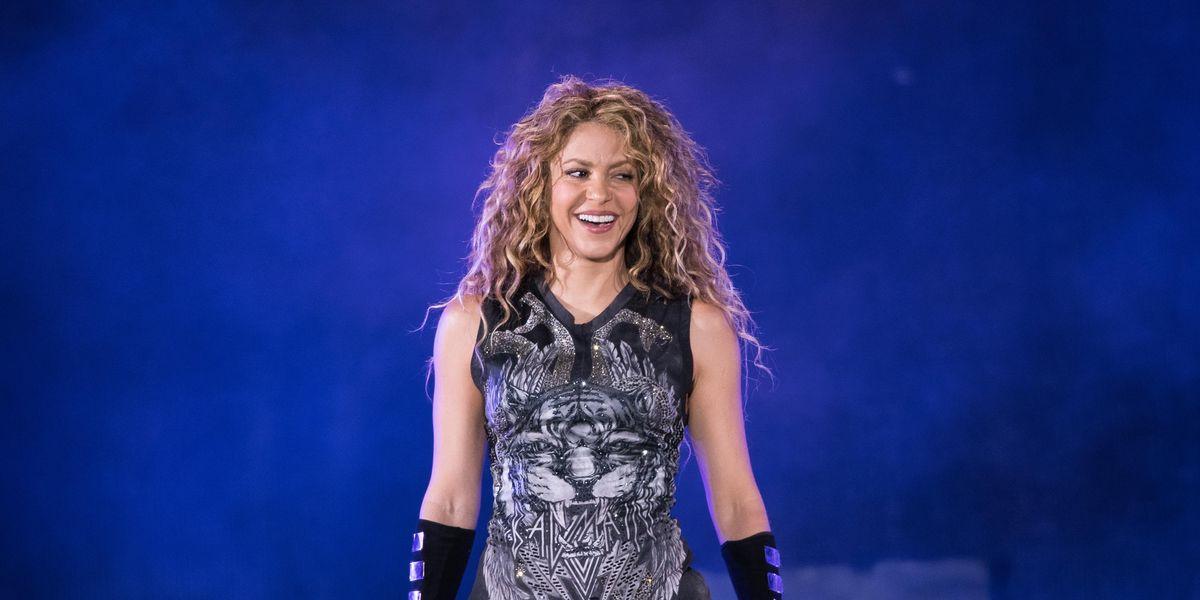 Shakira Posts Lesbian Flag to Promote New Single