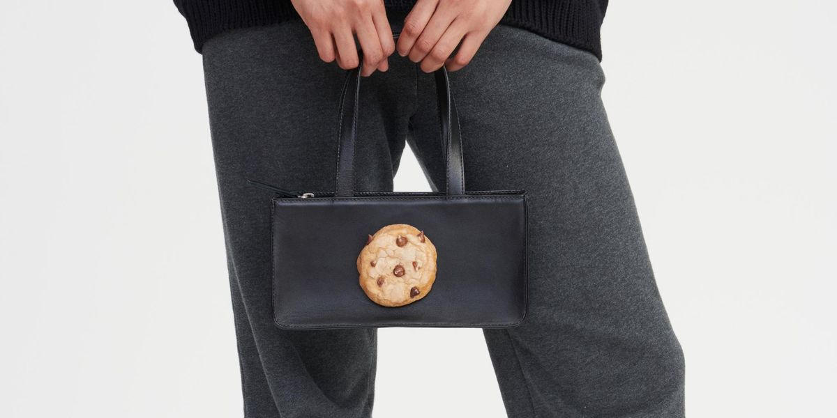 The Joy of Puppets and Puppets' Hyperreal Cookie Bag