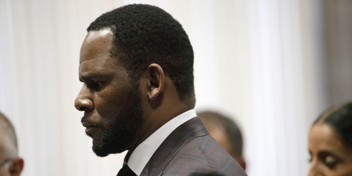 R. Kelly Accused of Abusing Teenage Boy