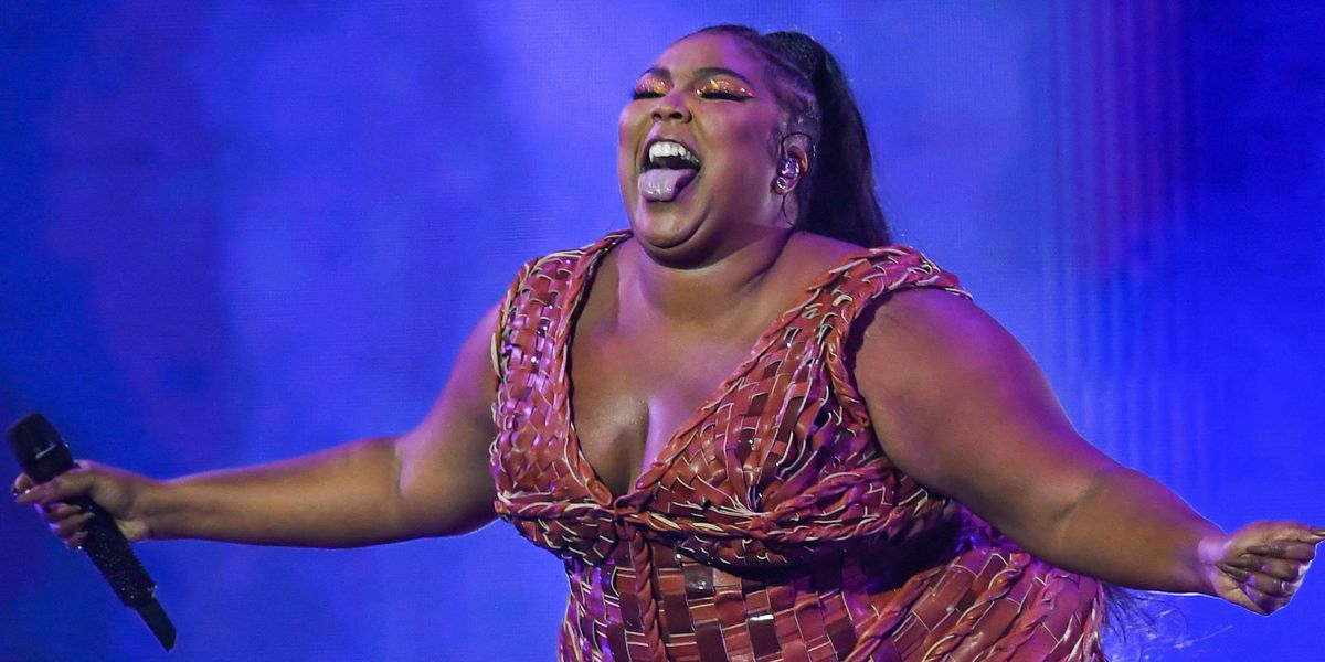 Lizzo Addresses Rumors She Killed A Fan by Stage Diving On Them