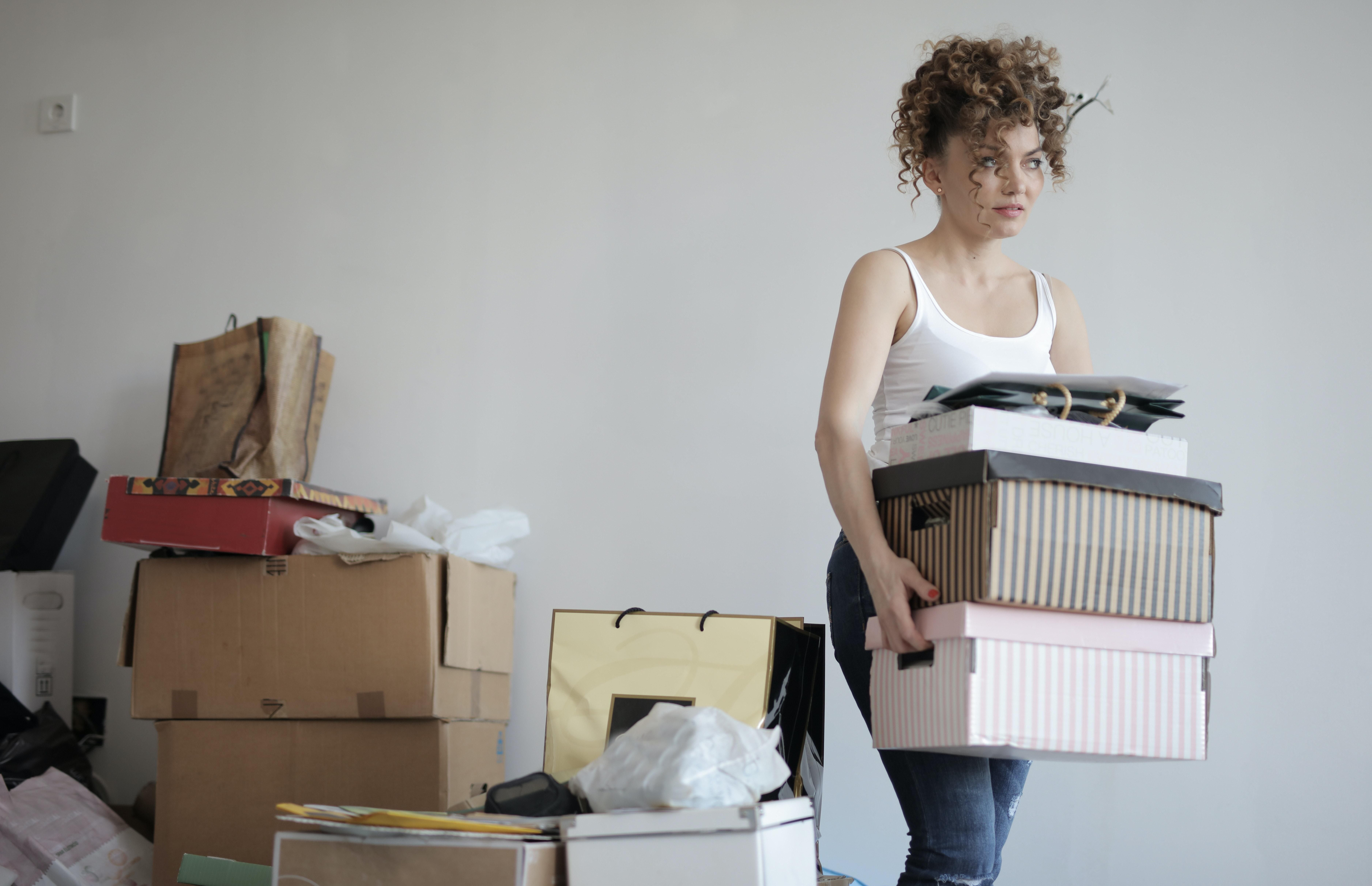 3 Reasons Decluttering Your Life Should Be On Your Summer Bucket List