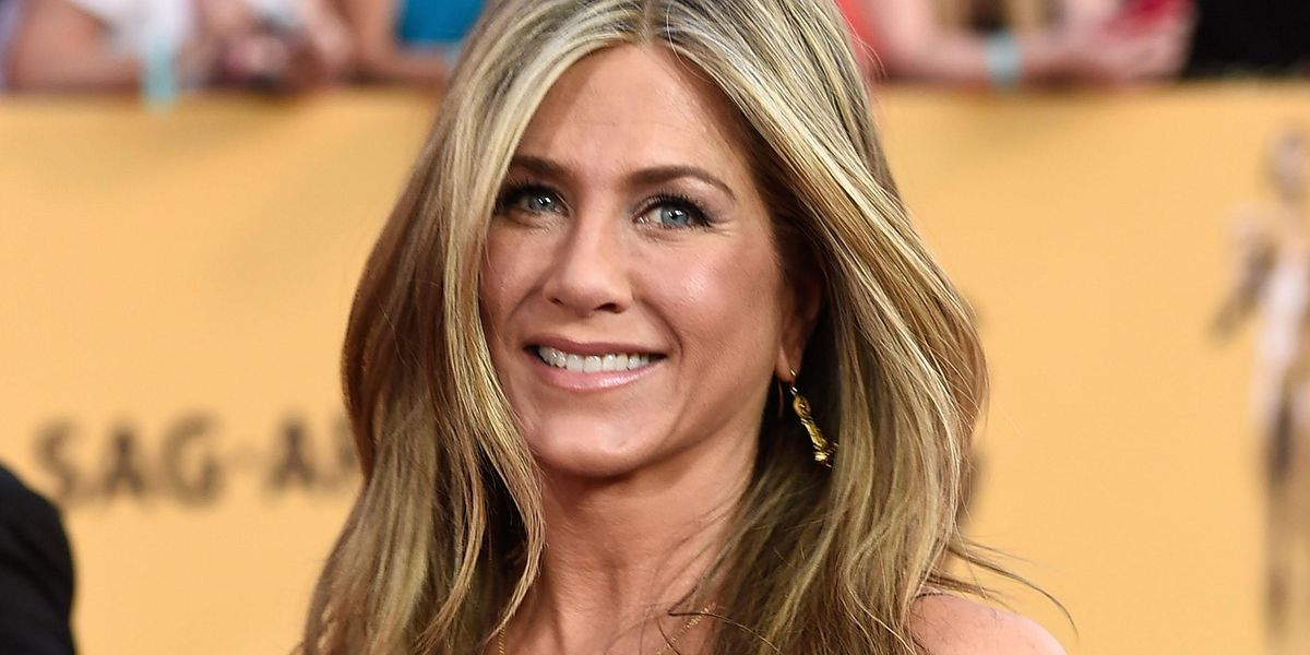 Jennifer Aniston Claps Back At Criticism Over Her Decision To Cut Out Anti-Vax Friends