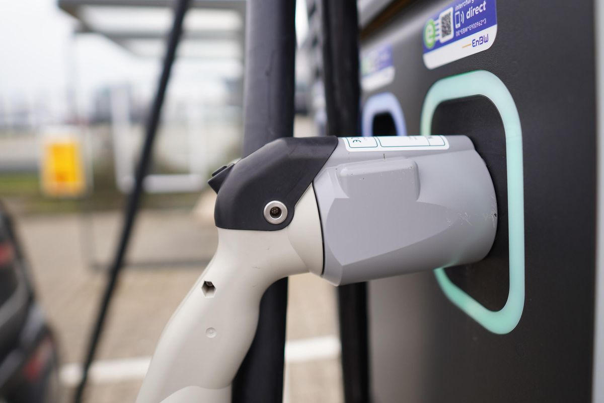 Want an EV charger? Good luck finding one, study says
