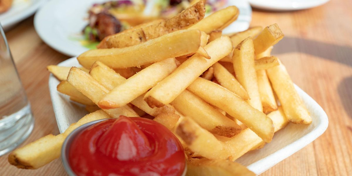 Man Shows Friend Asked Him to Transfer 47 Cents for the 'Few Fries' he Ate Off his Plate