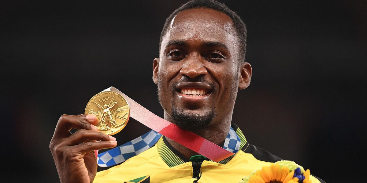 Olympian Tracks Down Volunteer Who Gave Him Cash After He Got Lost, Gives Her His Gold Medal
