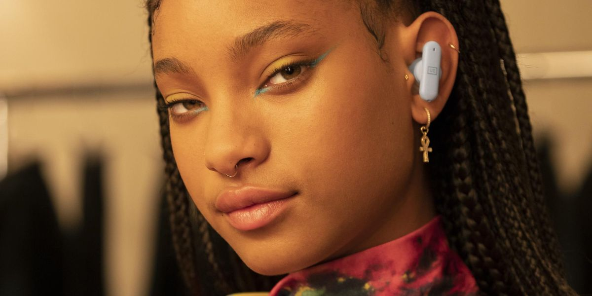 Willow Smith Only Uses the Most Futuristic Headphones
