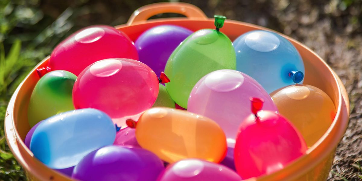 'Genius' Reusable Water Balloons Soak up Water To Save You From the Dreaded Cleanup Operation