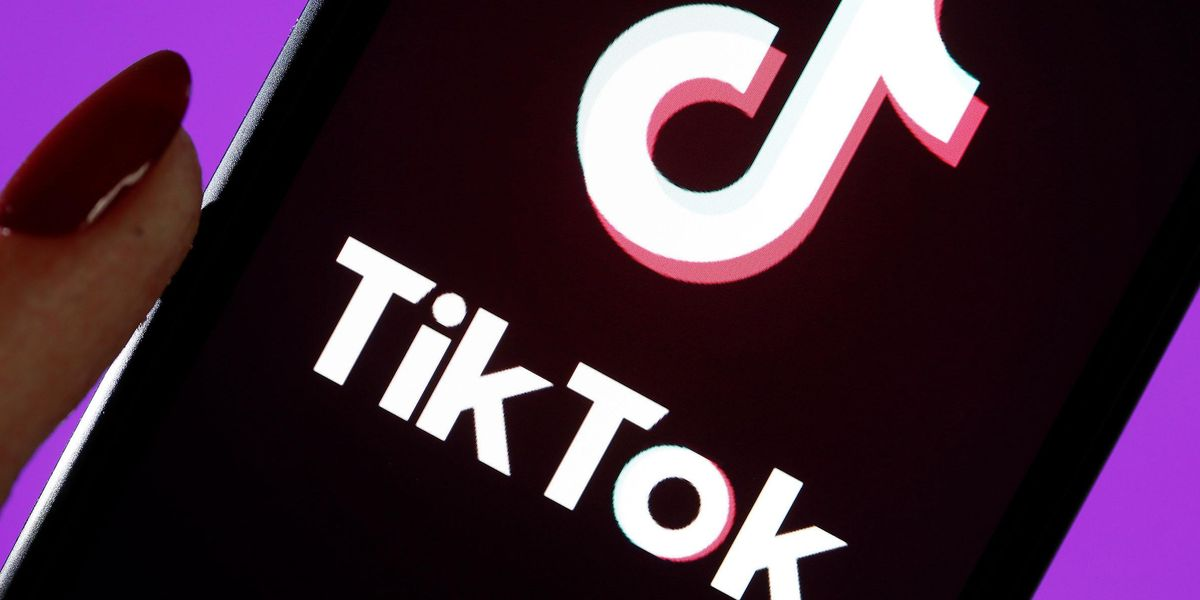 The TikTok-Famous Shower Soap Dispenser With 10,000 Five-Star Amazon Ratings Is on Sale for Just $20