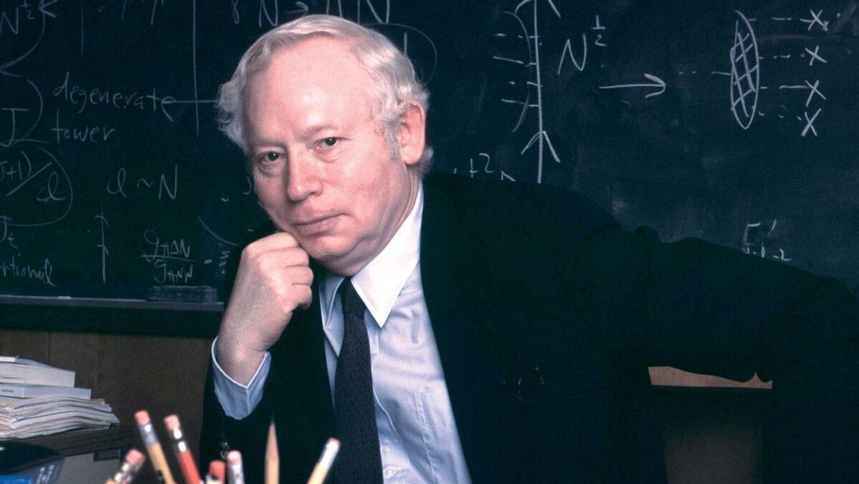 Steven Weinberg: the passing of science s most intellectual spokesman