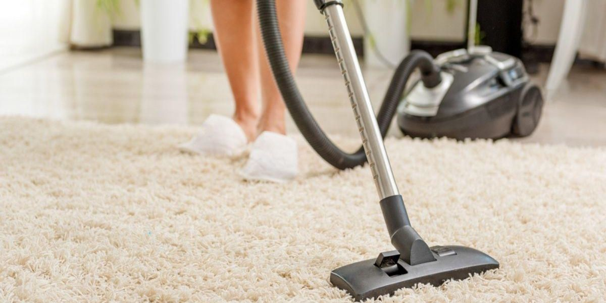 2-in-1 Cordless Vacuum With 'Best Suction Power Ever' Is on Sale at Amazon