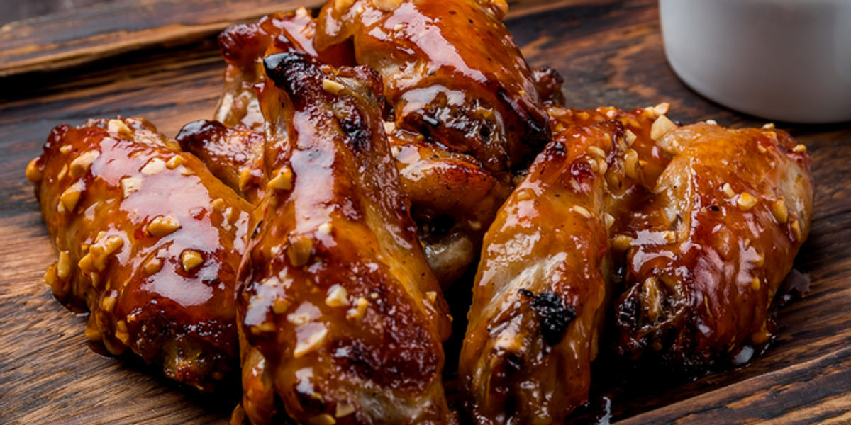 Twitter Is Divided About How Much Meat You Should Eat off Chicken Wings
