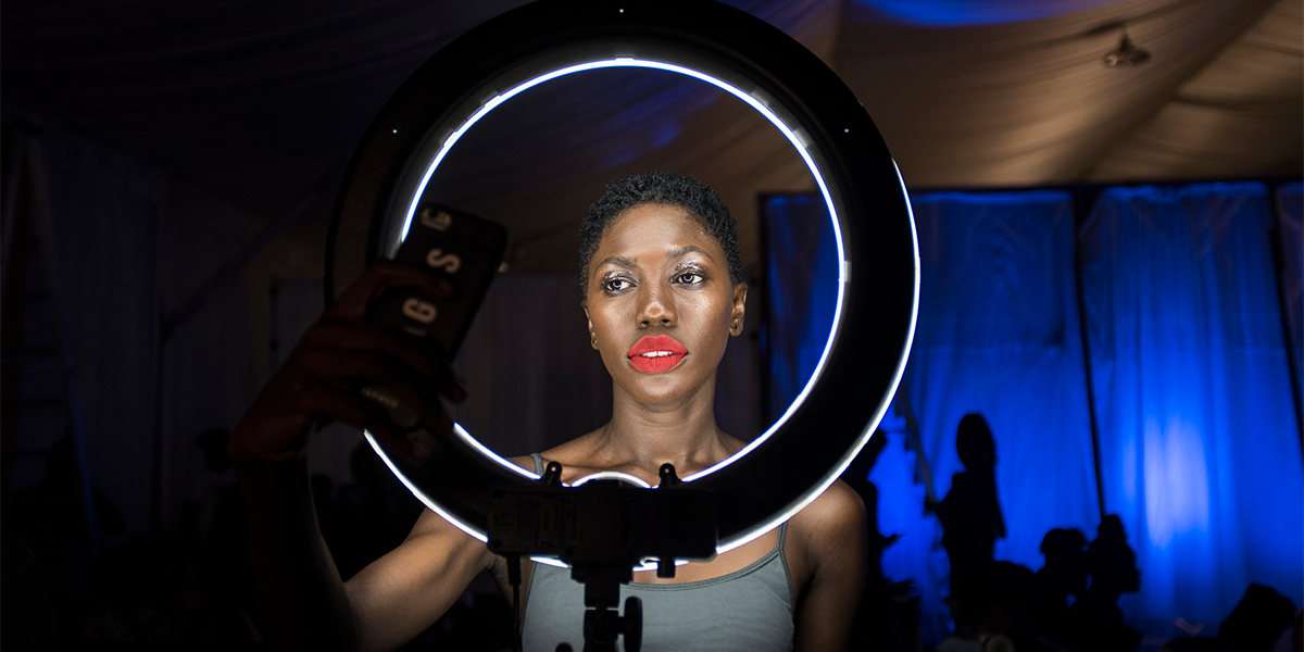 Ring Light People Use To Get the Perfect Selfie Is Only $14.99