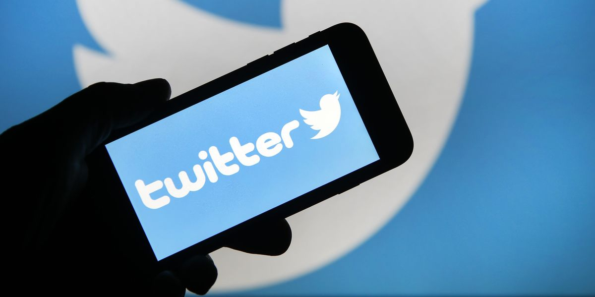 Get Paid to Tweet With 'Super Follows'