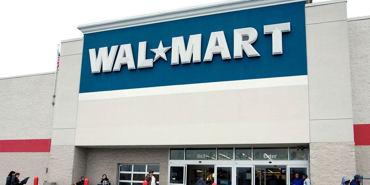 Mom Asks Walmart for Oil Change, Car Blows up Right After She Gets Out