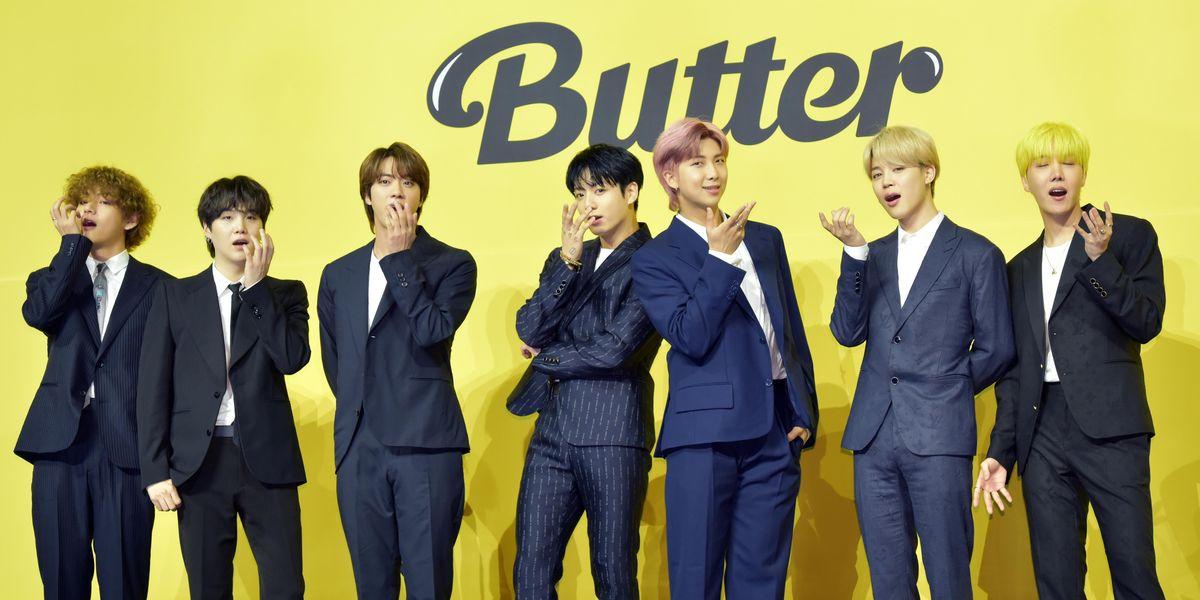 BTS Wins Group of the Year at 2021 VMAs