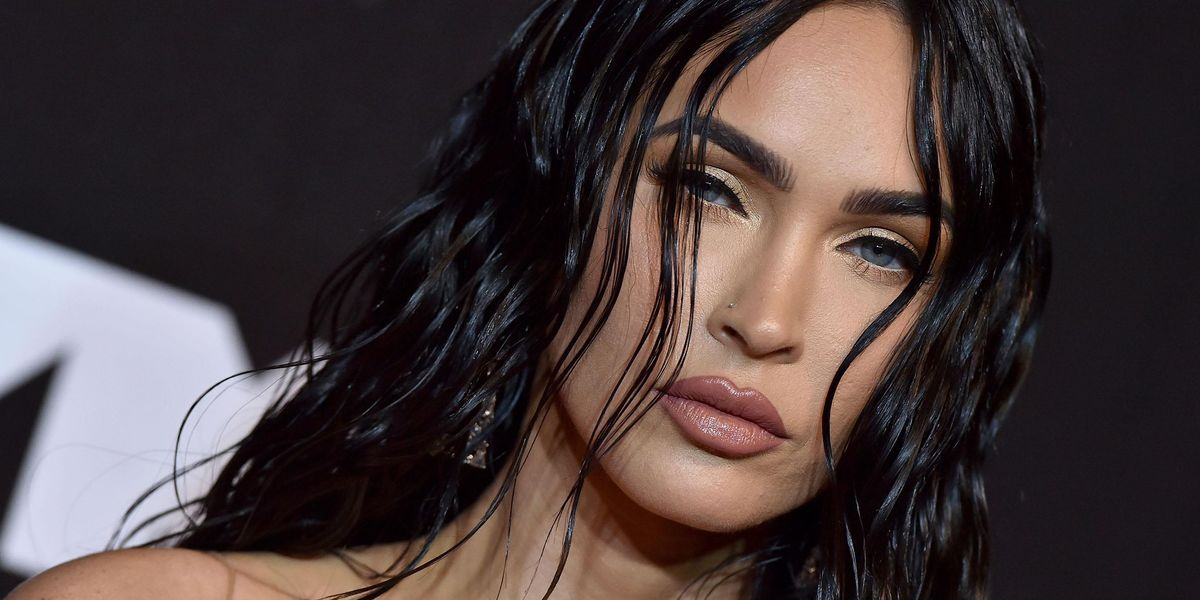 The Internet Can't Stop Talking About Megan Fox's Bold VMAs Red-Carpet Look