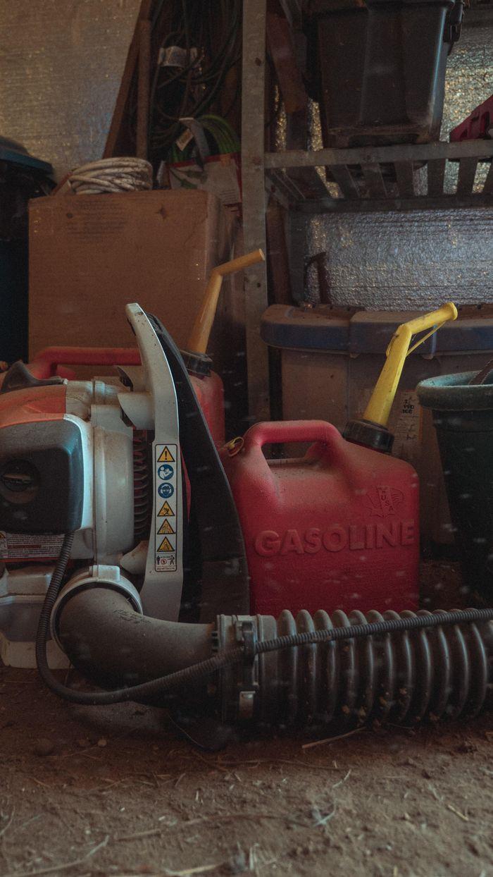 California looking to ban sales of gas-powered yard tools