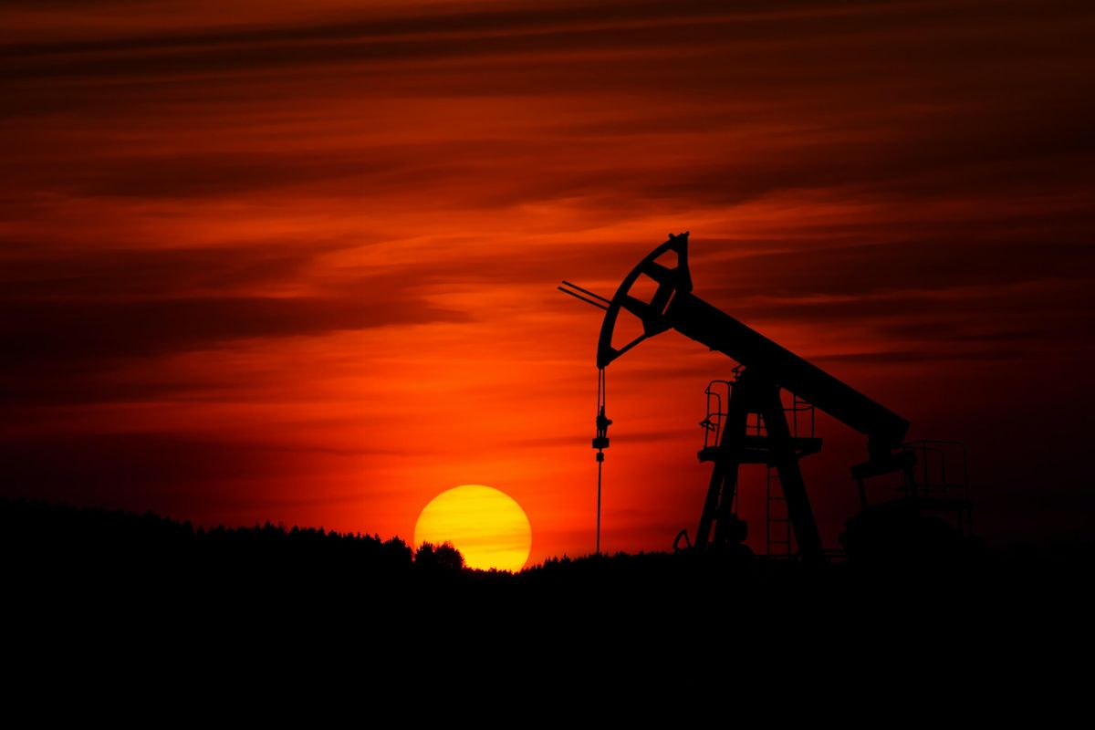 Study estimates how much coal, oil must be left in the ground to curb climate change