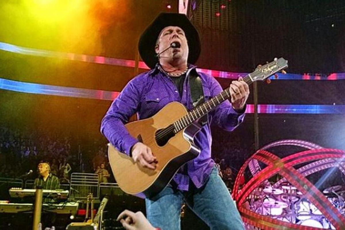 Garth Brooks was playing stadiums but now he's doing dive bars because 'they're vaccinated'
