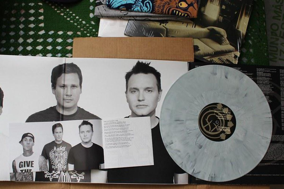 Blink-182's Mark Hoppus is now cancer free, and fans are rejoicing at the news