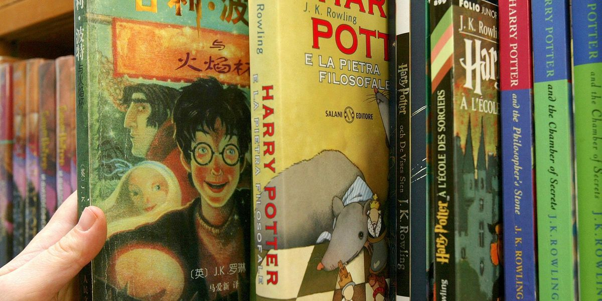 Artist Makes a 'Harry Potter' Face Mask That Reveals the Marauder's Map as You Breathe