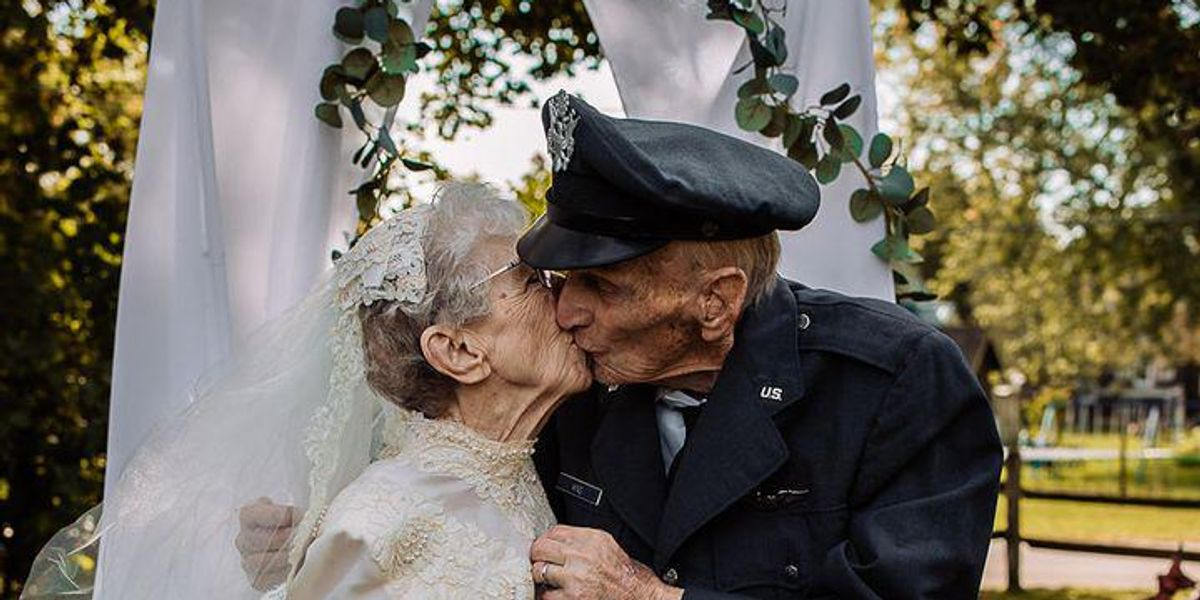 Hospice gives elderly couple the beautiful wedding photos they never got