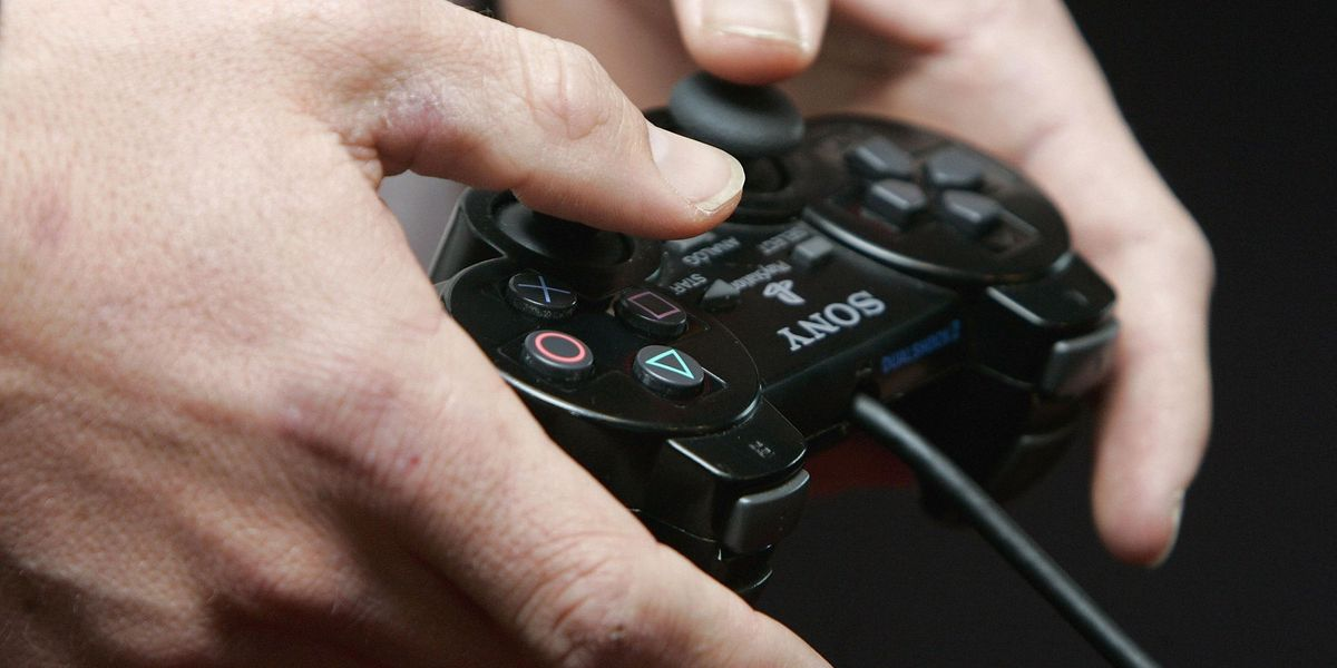 China to Ban Video Games Featuring Same-Sex Relationships