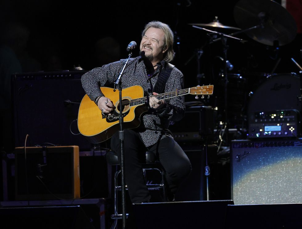 Country superstar Travis Tritt blasts 'wing nut cancel culture' after singing 'Star-Spangled Banner' during Braves game: 'Thanks for allowing me to pay tribute to America'