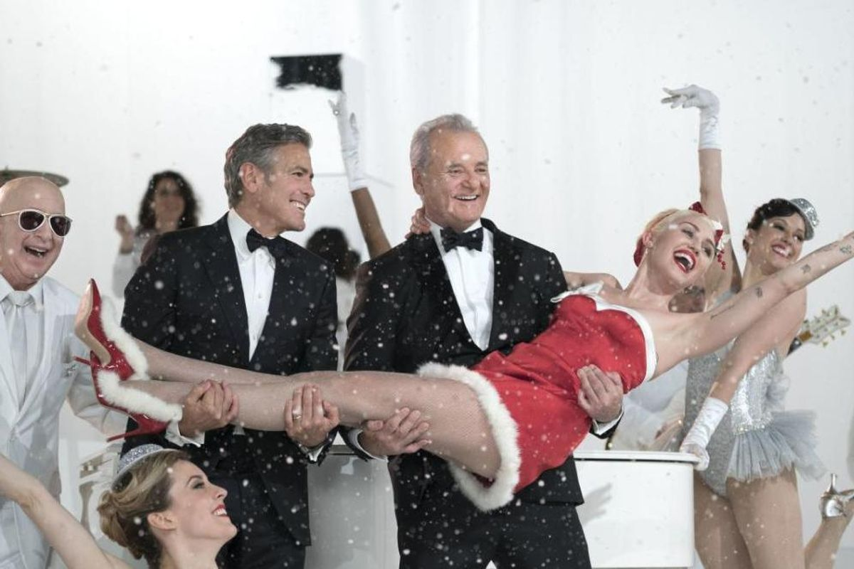 Bill Murray Is Making a Bid to Become the King of Christmas
