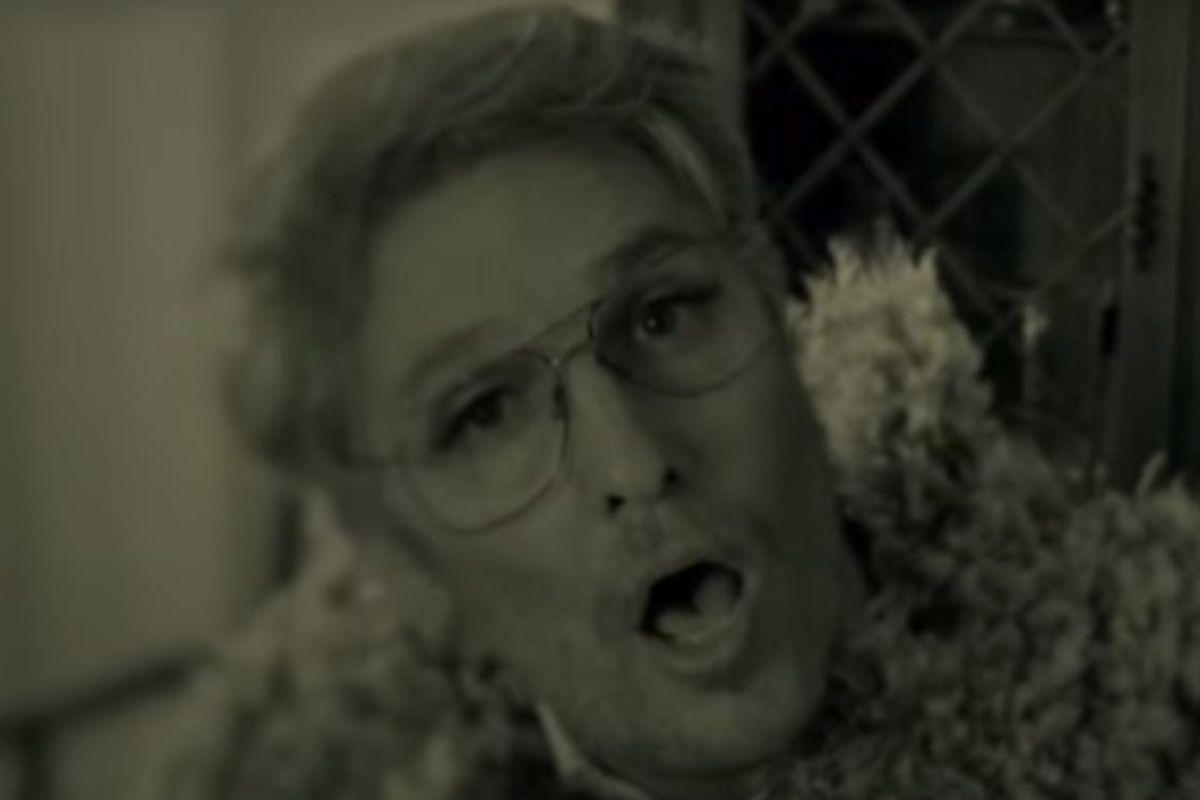 Watch Adele Save Thanksgiving Dinner (On SNL)