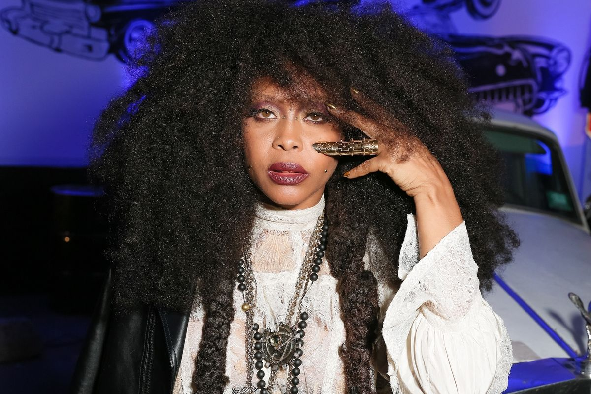 Erykah Badu On Her New Mixtape, Hosting the Soul Train Awards, and Drake