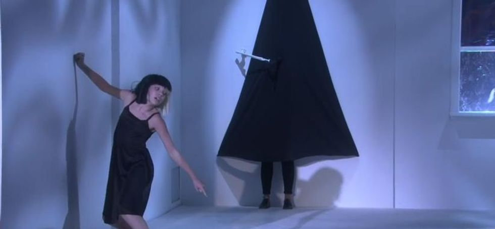 Sia Performs Alive On The Ellen Show With Dancer Maddie Ziegler Paper