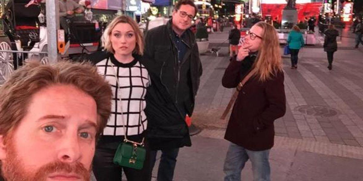 Bob Saget, Macauley Culkin, and Seth Green Took A Selfie Together
