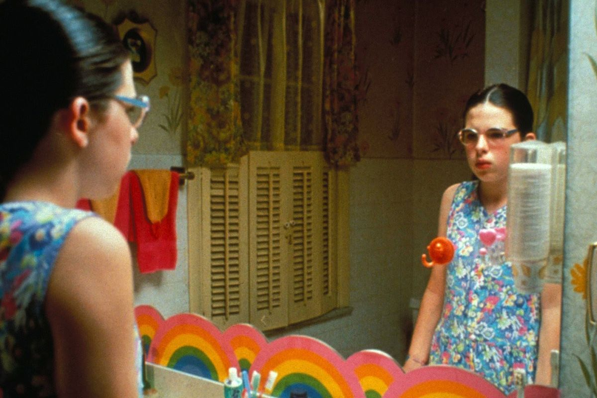 Our First Glimpse of Greta Gerwig As Dawn Wiener In Todd Solondz's New Movie