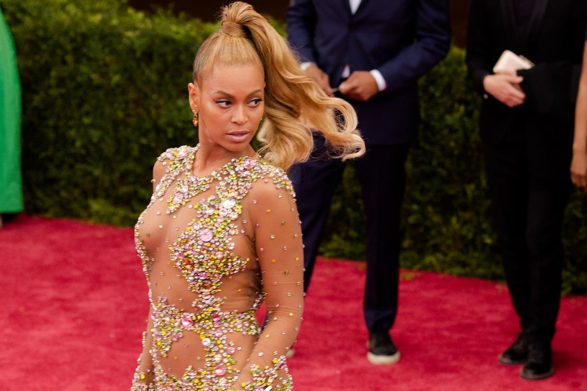"""Beyoncé """"Lacks The Basic Human Dignity"""" To Tell Story Of Enslaved Woman Displayed In Victorian Freak Show"""