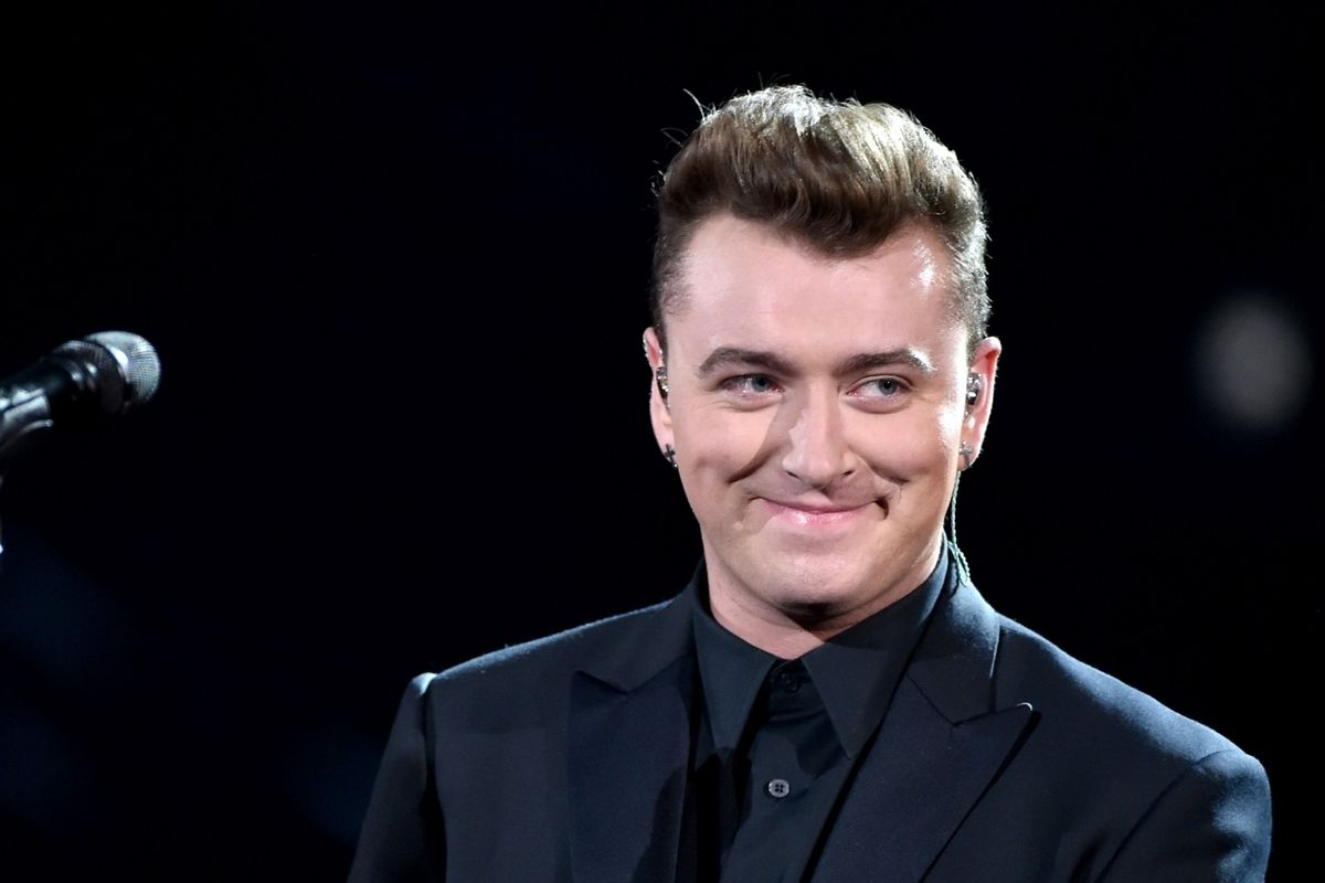 Blue-Eyed Soul Singer, Sam Smith, Apparently Shocked That Racism Exists In 2016