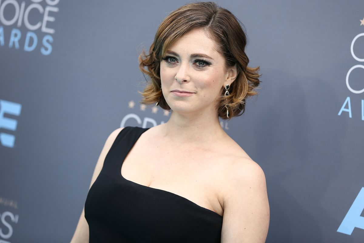 """Crazy Ex-Girlfriend's"" Rachel Bloom On the Show's Success, Diversity on TV and Shit Attacks"