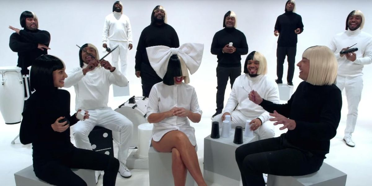 """Watch Sia Cover """"Iko Iko"""" With Natalie Portman, Jimmy Fallon And The Roots"""