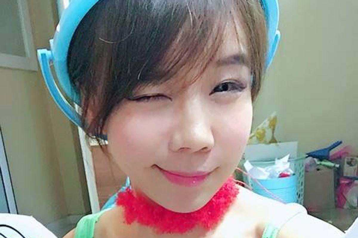 Watch Korean Vlogger Showry Make A Marge Simpson Muk-Bang Parody