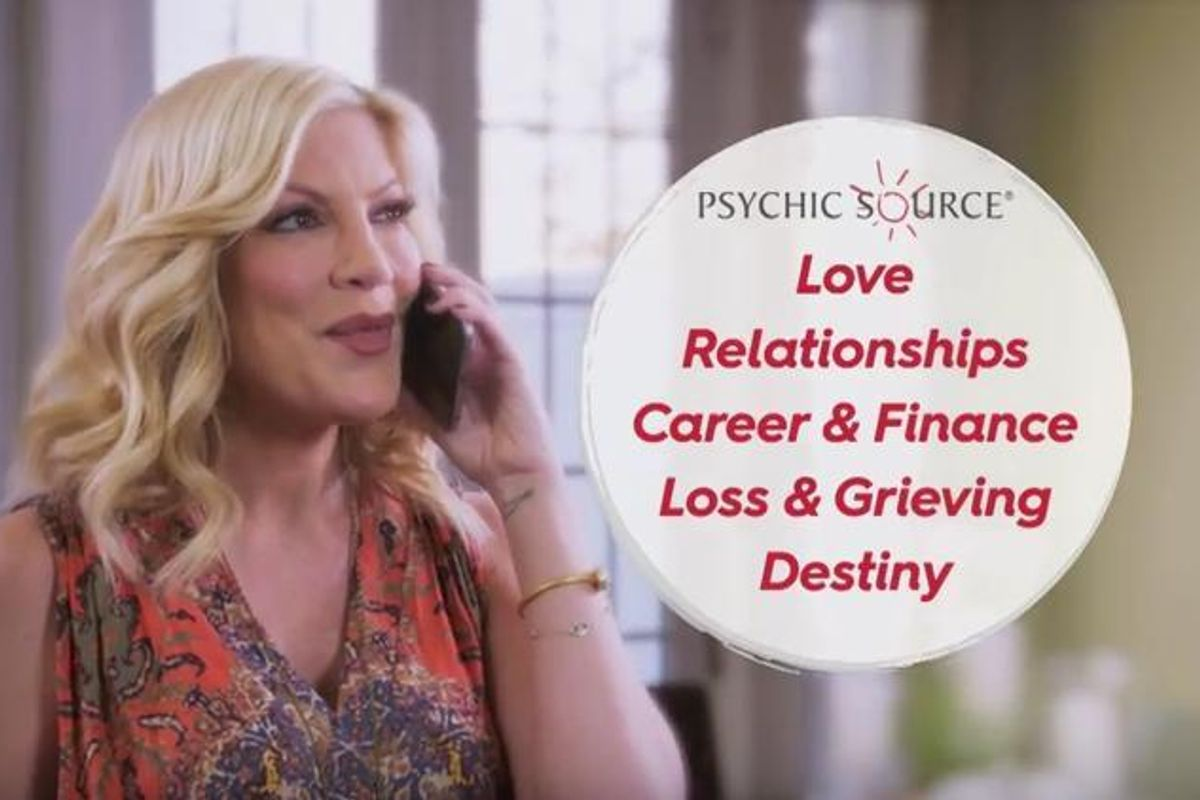 Tori Spelling Endorses Psychic Hotline In Bizarre New Ad