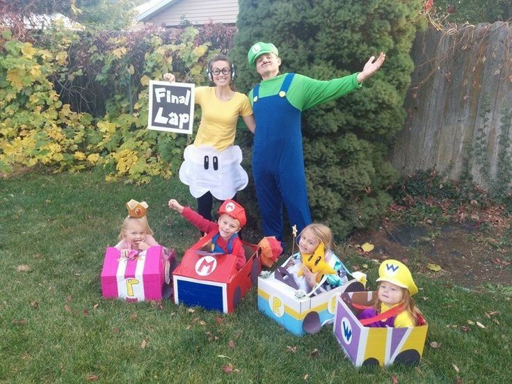 e542c3ae5 40 Halloween costume ideas the whole family will love - Motherly