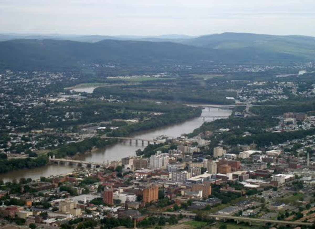 """33 Signs You're From """"The (Wyoming) Valley"""""""