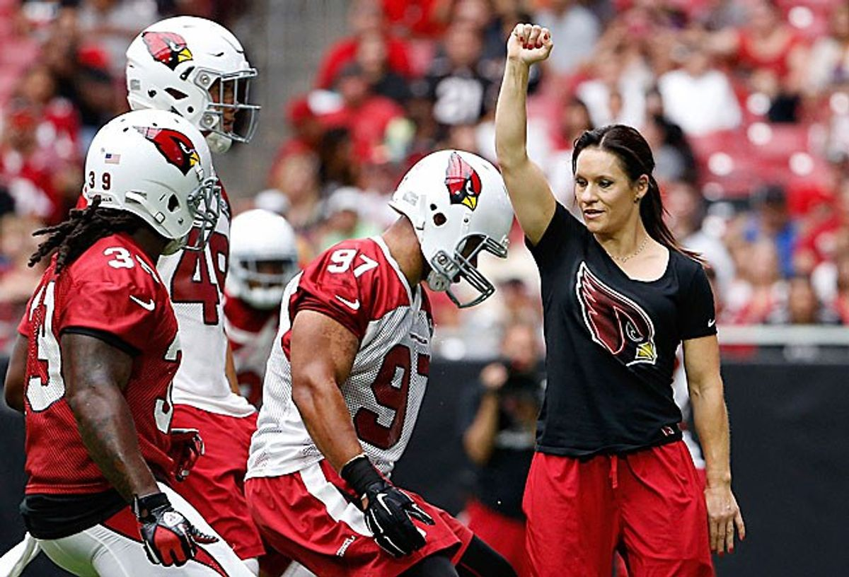 NFL's First Female Coach, Jennifer Welter