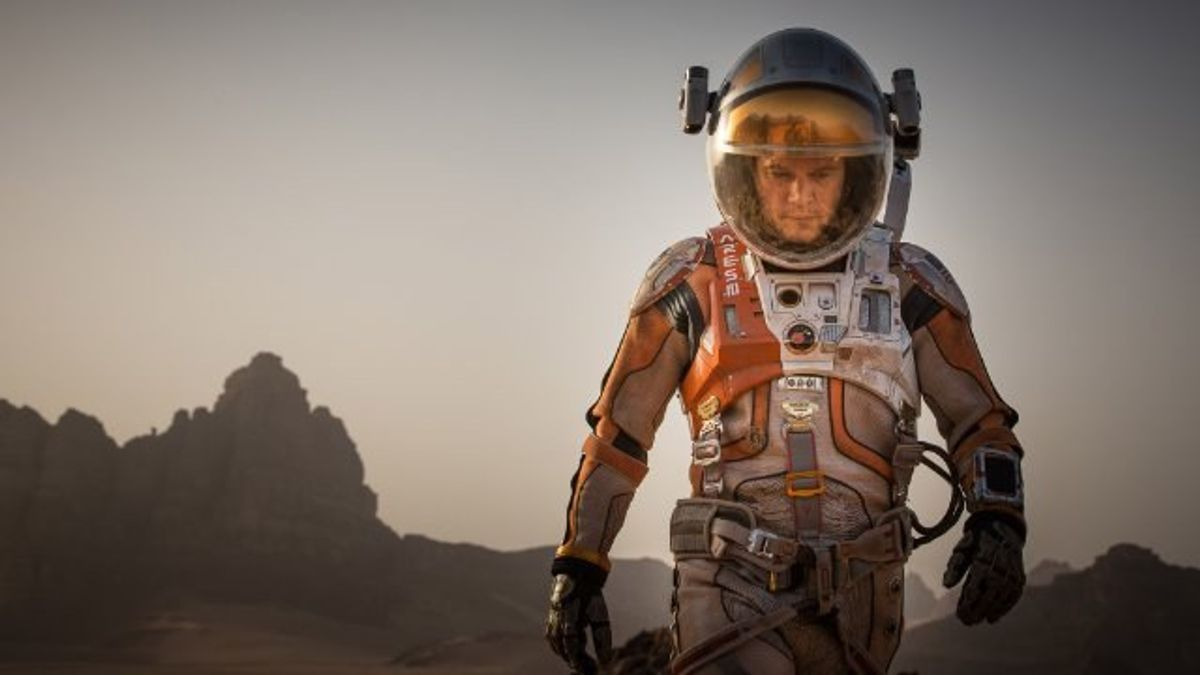 """The Martian: """"Castaway"""" In Space"""