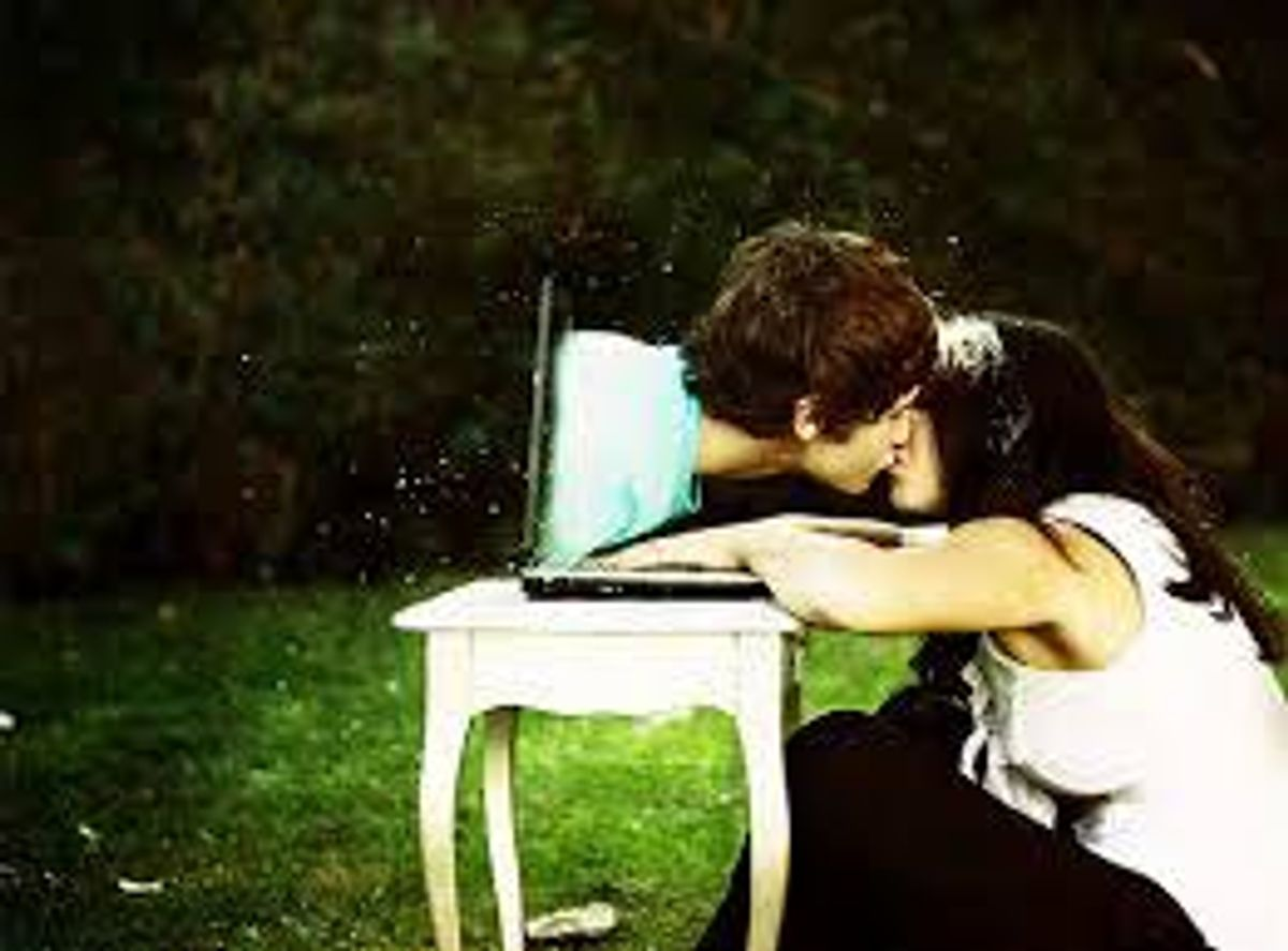 5 Things That Could Kill Your Long Distance Relationship