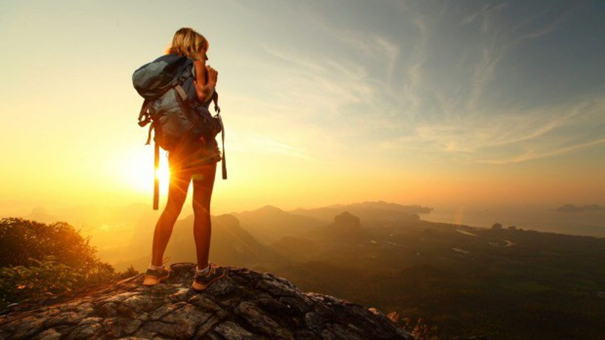 10 Ways Traveling Alone Can Change You