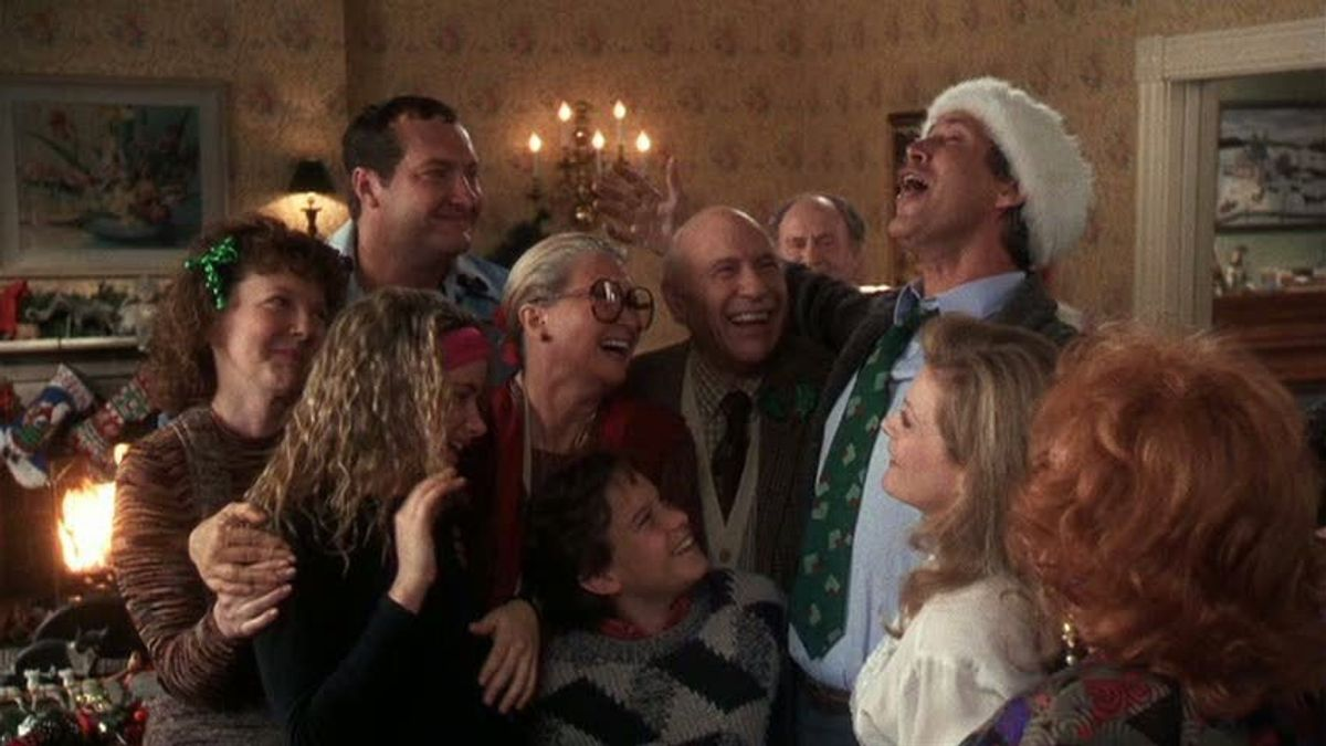 11 Simple Ways To Avoid Your Family During The Holidays